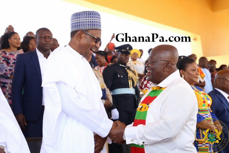 President Akufo-Addo exchanges pleasantries with Nigerian President Buhari